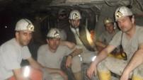 Soma'da hayatını kaybeden işçilerin fotoğraflarıyla o maden.