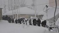 Yüksekova'da Nefes Kesen Hasta Kurtarma Operasyonu