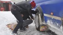 Yüksekova'da kar 30-40 santimi buldu