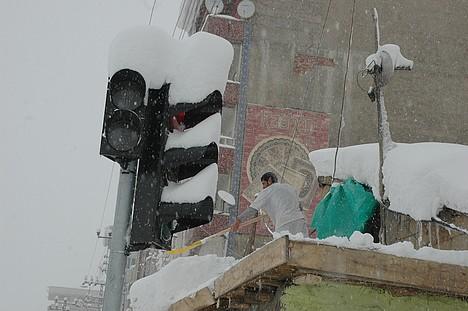 Yüksekova Kar Altında
