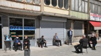 Ramazan'ın 14'üncü Gününde Yüksekova: Korona Günleri Sürüyor