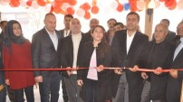 Yüksekova'da Simitçi Dünyası Açıldı