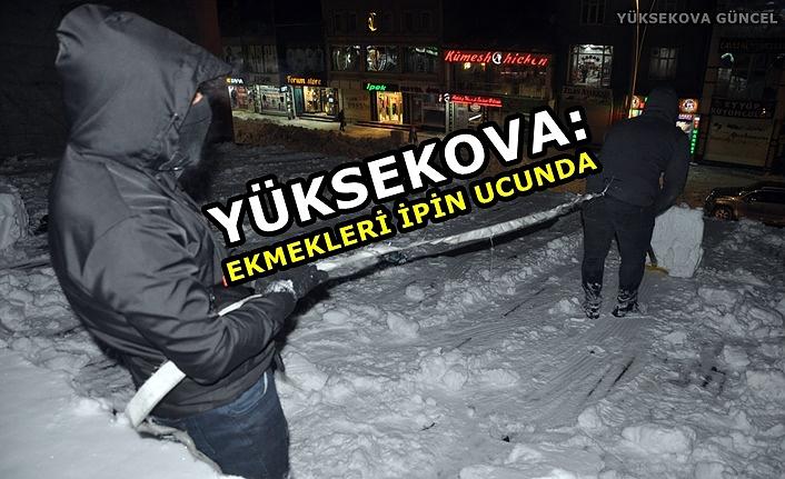 Yüksekova: Ekmekleri ipin ucunda