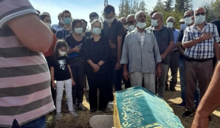 Gültan Kışanak babasının cenazesine katıldı