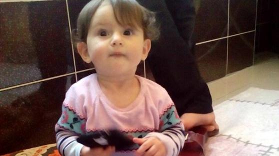3'üncü kattan düşen 2 yaşındaki Yekbun öldü