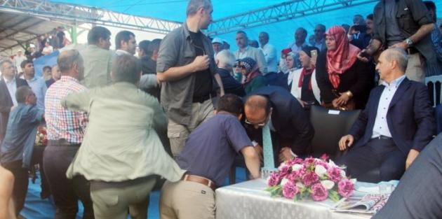 AK Parti ile tartışan müdür kızağa çekildi