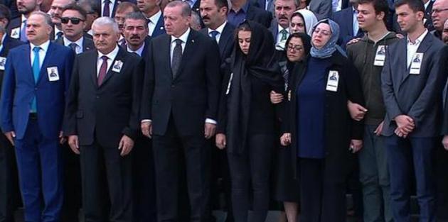 AK Partili Yüksel için Meclis'te tören düzenlendi
