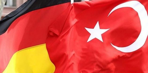 Almanya'dan Türkiye'ye yeni seyahat uyarısı