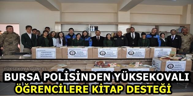 Bursa polisinden Yüksekovalı öğrencilere kitap desteği