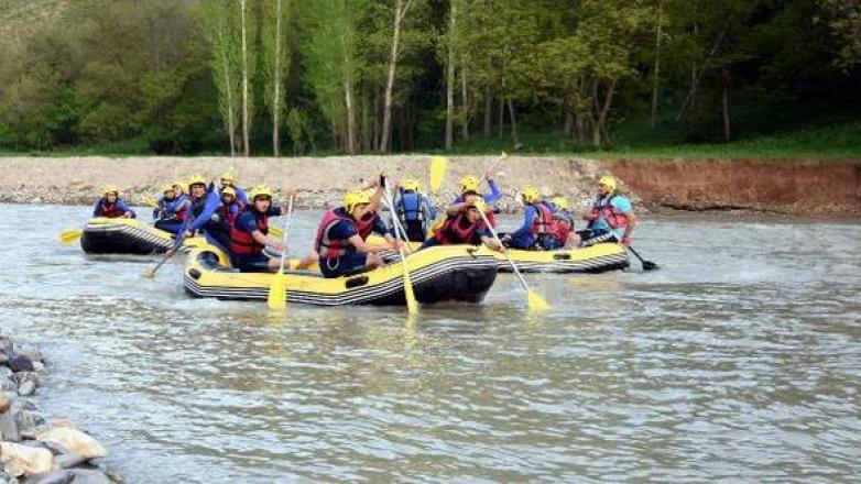 Çataklı raftingciler, dünya kupasına hazırlanıyor