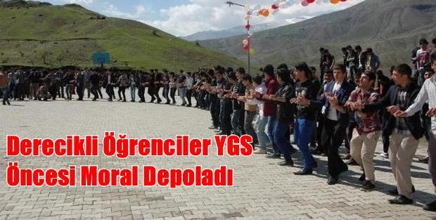 Derecikli Öğrenciler YGS Öncesi Moral Depoladı