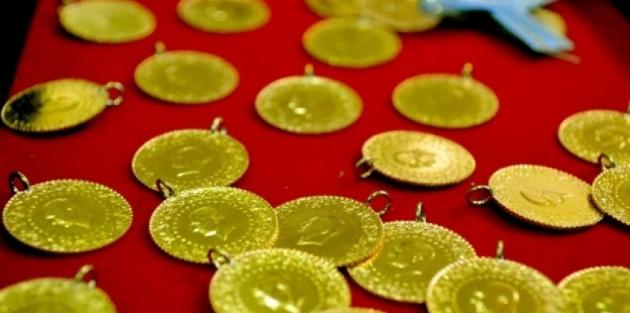 Dolar düşüyor, altın yükseliyor