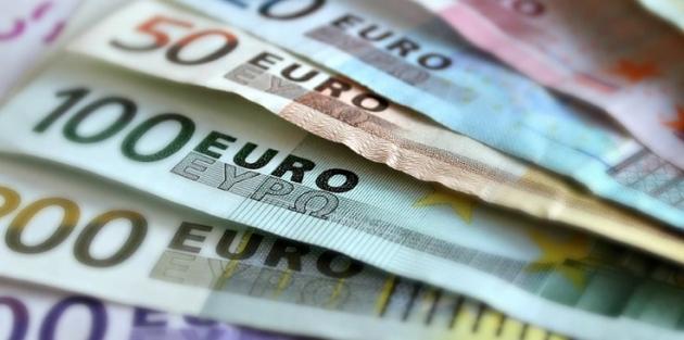 Euro rekorları altüst etti