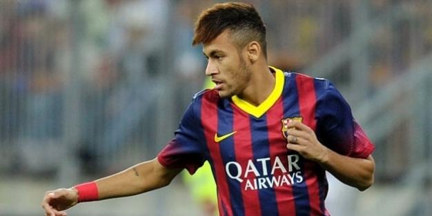 Futbol tarihinin en büyük transferi sonuçlandı; Neymar, PSG'de