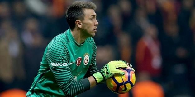 Galatasaray'ın vazgeçilmezi yine Muslera