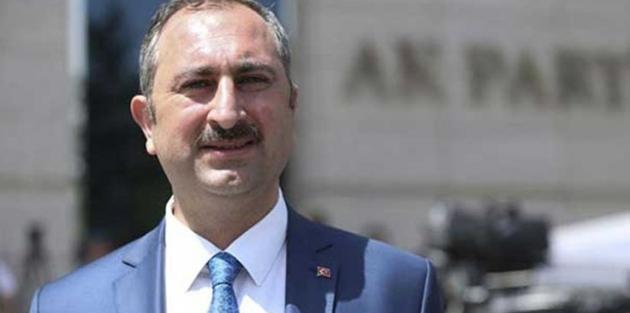 Gül: Türk yargısıyla dalga geçilmeyeceğini dünya görecek