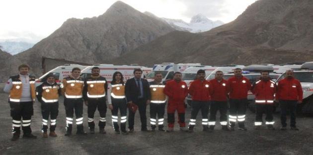 Hakkari 112 Acil Servis ekipleri kışa hazır