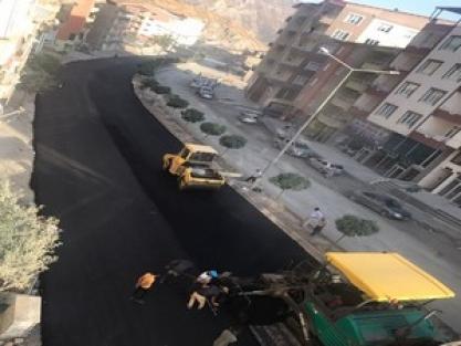 Hakkari'de asfalt çalışmaları sürüyor!