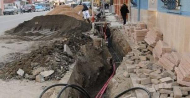 Hakkari'de Elektrik Hatları Yer Altına Alınıyor