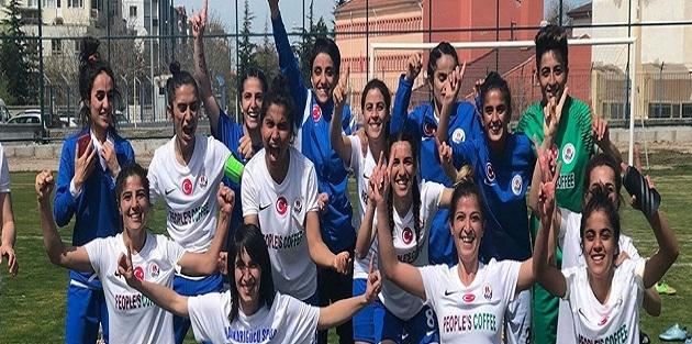 Hakkarigücü kadın takımı 1. Lig yolunda