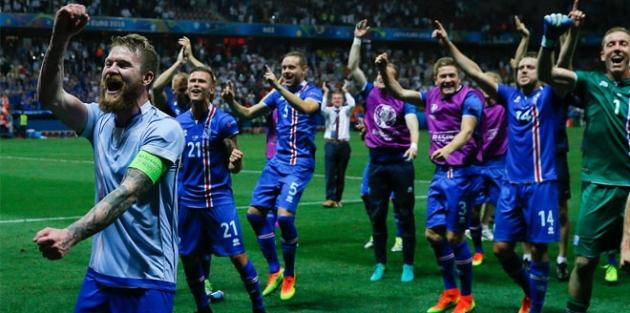 İngiltere'yi yenen İzlanda çeyrek finalde