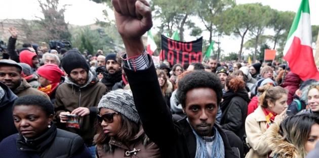 İtalya'da faşizm karşıtı büyük gösteri