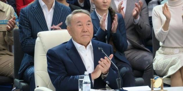 Kazakistan'da hükümet feshedildi