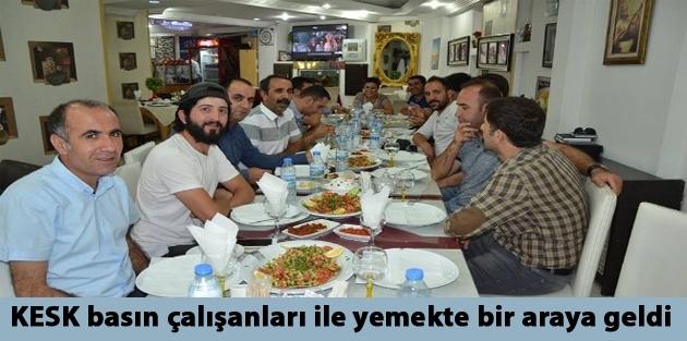 KESK basın çalışanları ile yemekte...