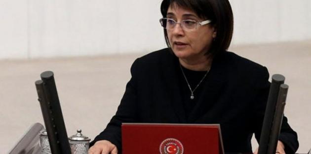 Leyla Zana'dan Meclis başkanına 'yemin' mektubu