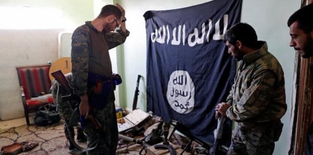 'Rakka'da IŞİD'ciler teslim olmaya başladı'