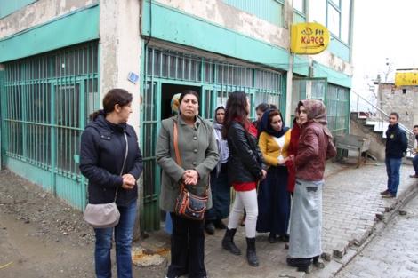 Şemdinli'de kadınlar günü etkinliği