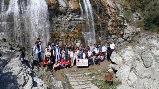 Şemdinlili 54 öğrenci Karadeniz'i gezecek