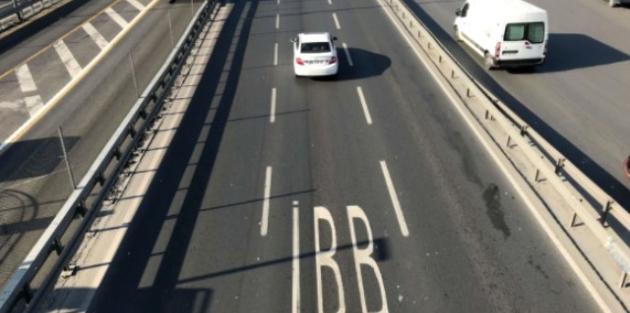 Sürücüler Ana Güzergahlarda Yazan İBB Yazısının Anlamını Bilmiyormuş