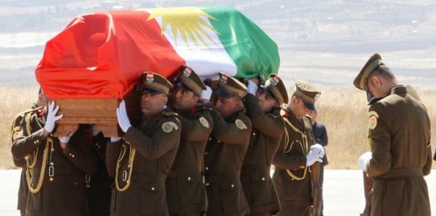 Talabani'nin cenazesine Kürt bayrağı protestosu
