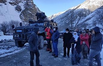 Dağda mahsur kalan Çiftçi kardeşler kurtarıldı