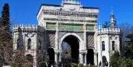 İstanbul Üniversitesi'nde 62 akademisyene gözaltı kararı