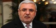 Mehmet Metiner: Bakıyorum...