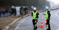 Mersin'de minibüs devrildi: 4 ölü
