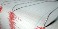 Papua Yeni Gine'de 6,7 büyüklüğünde deprem