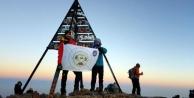 Vanlı dağcı 4 bin 167 metrelik Toubkal Dağı'na tırmandı