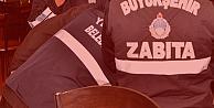 Zabıta memuru, resmi üniformayla eroin satarken yakalandı