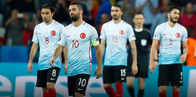 Türkiye EURO 2016'ya veda etti