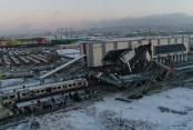 YHT, kılavuz trene çarptı: 9 ölü, 46 yaralı