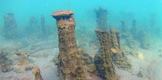 Van Gölü'nde 10 metrelik mikrobiyalitler keşfedildi