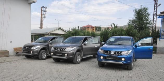 Yüksekova belediyesi yeni araçlar aldı!