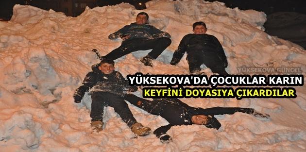 Yüksekova'da Çocuklar Karın Keyfini Doyasıya Çıkardılar