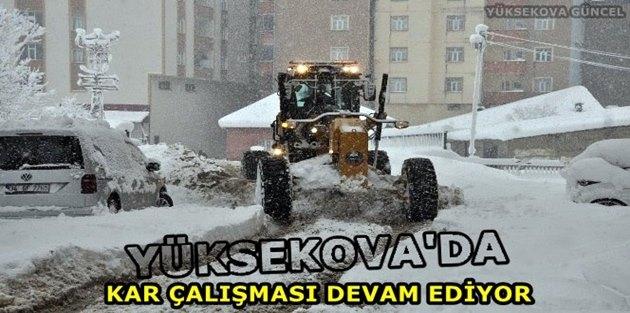 Yüksekova'da kar çalışması Devam Ediyor