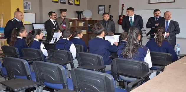 Yüksekova'da müzik sınıfları açıldı