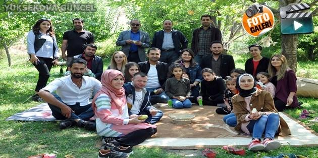 Yüksekovalı Özel Gereksinimli Çocuklar İran'ın Sıfır Noktasında Doyasıya Eğlendiler