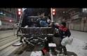 Yüksekova'da Yoğun Kar Yağışına Rağmen Belediye Personeli İşini yaptı